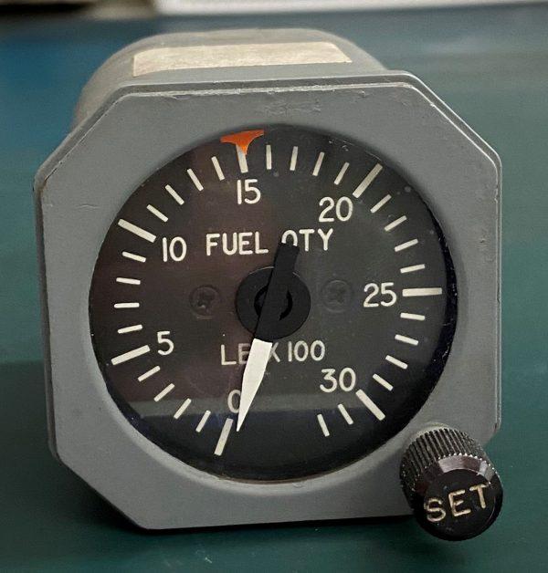 (Q2) Fuel Quantity Indicator,10027-0000-01, Vergennes