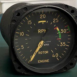 (Q8) Dual indicator tachometer, N.P.216224, 8DJ67, General Electirc