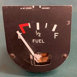(Q2) Fuel Quantity Indicator, 424387, Stewart-Warner
