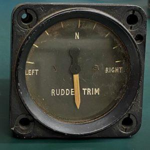 (Q6) Rudder Trim, 211FL, Desynn