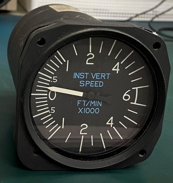 (Q12) Instantaneous Vertical Speed Indicator (IVSI), C661006-0101, 30260-1117, Aerosonic Corporation