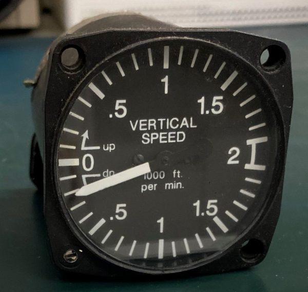 (Q12) Vertical Speed Indicator (VSI), 8-210-20, U.M.A. Inc