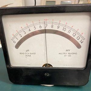 (Q7) Millivoltmeter, 1274, Simpson